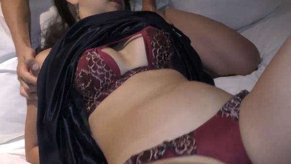 【個人撮影】5年ぶりのセックスに火照る体 白昼に固い他人棒を咥え込む34歳の熟女妻